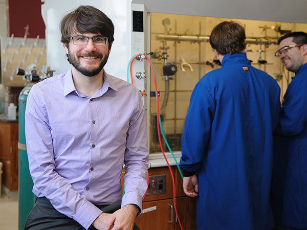 Chemistry Professor Gets Boost to Understand New Materials